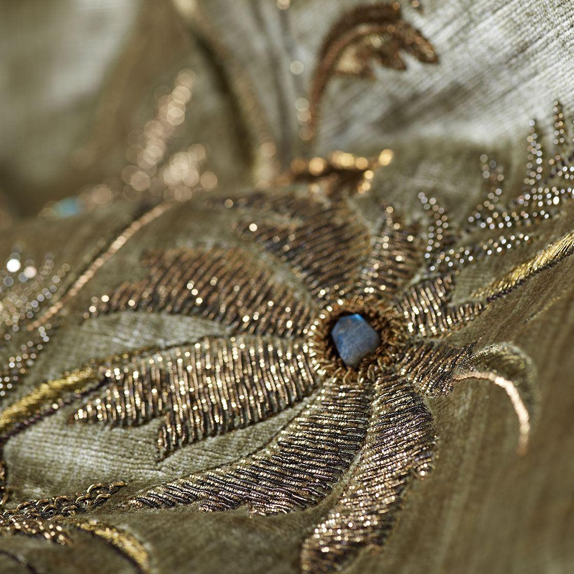 Isolde - Old Gold On Como Fern - Beaumont & Fletcher - Beaumont & Fletcher