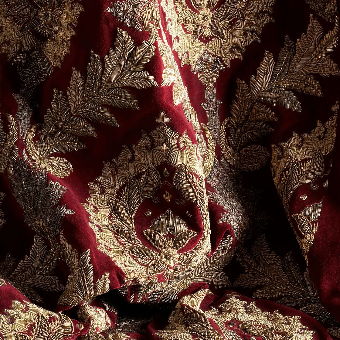 Rossini - On Capri Silk Velvet Loganberry - Beaumont & Fletcher - Beaumont & Fletcher