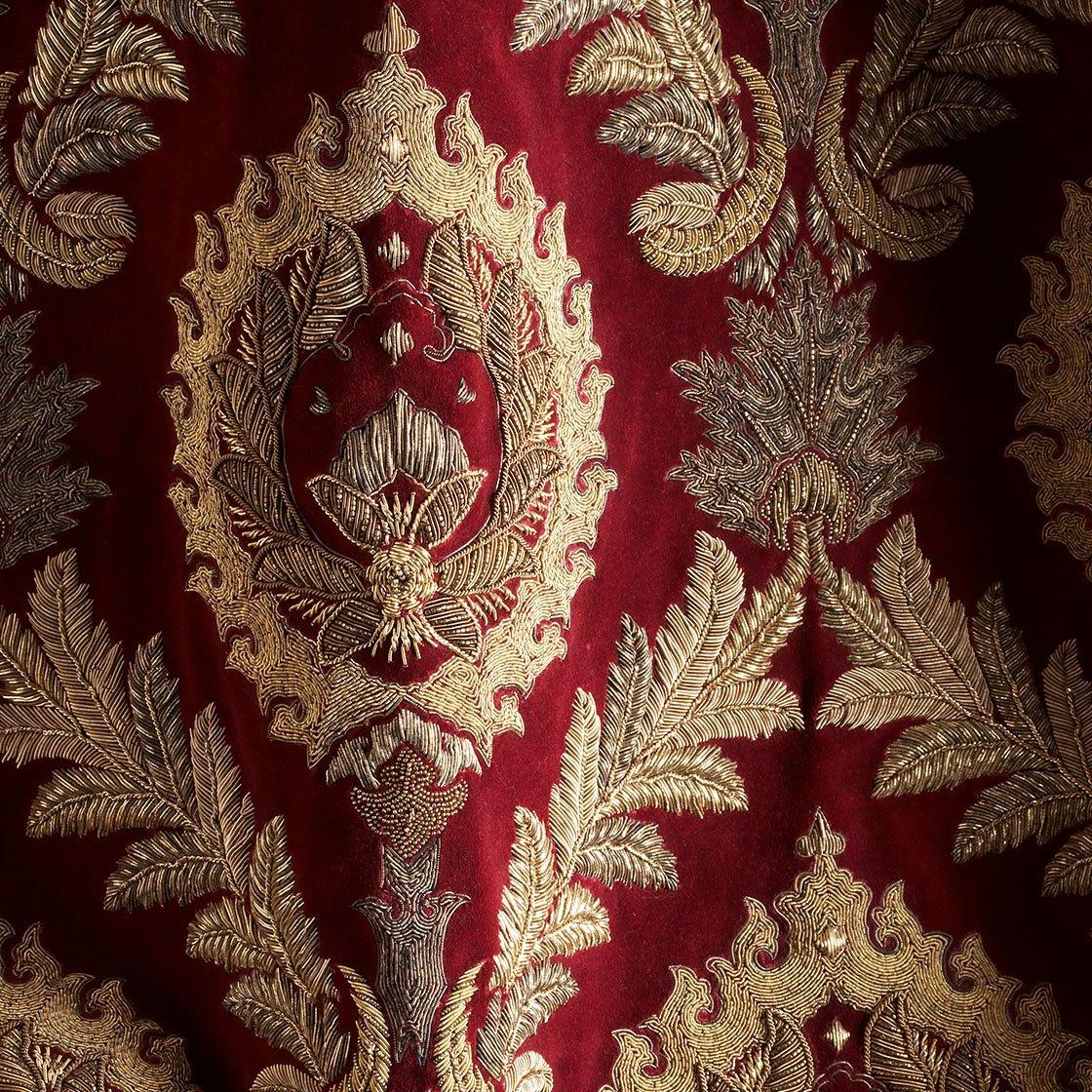 Rossini - On Capri Silk Velvet Loganberry - Beaumont & Fletcher - Beaumont & Fletcher