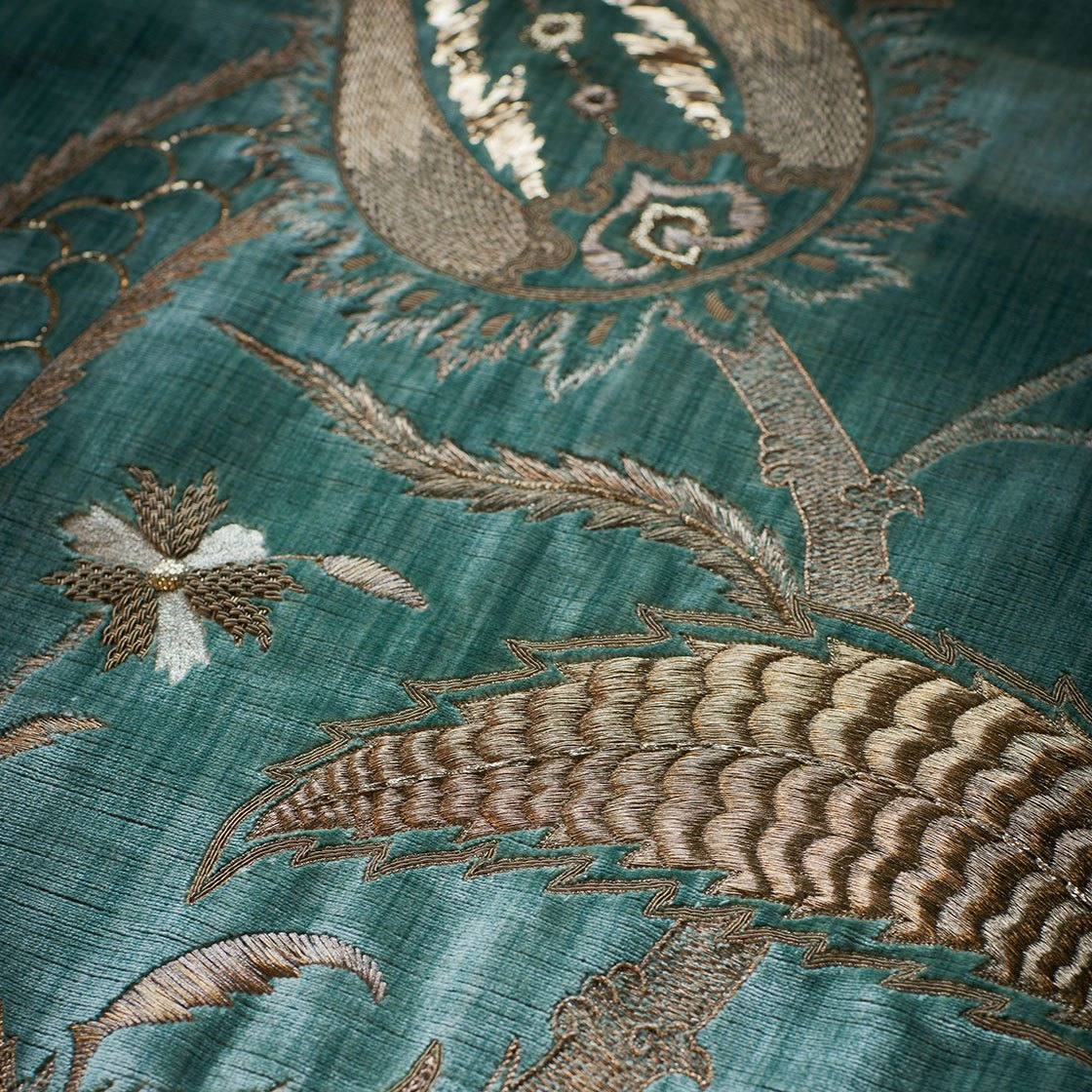 Salome on Como silk velvet - Teal - Beaumont & Fletcher - Beaumont & Fletcher
