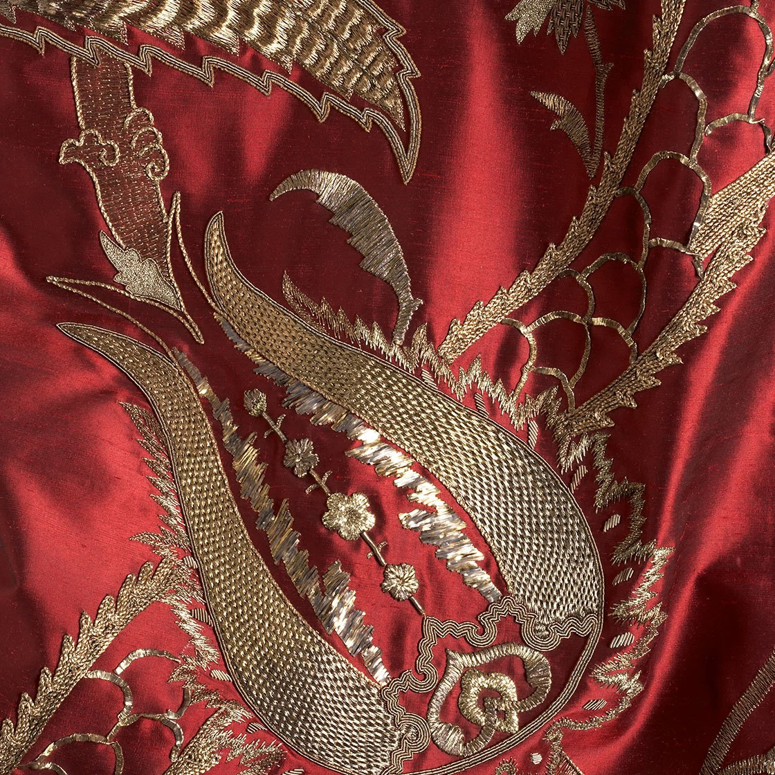 Salome on Boyne silk - Red - Beaumont & Fletcher - Beaumont & Fletcher