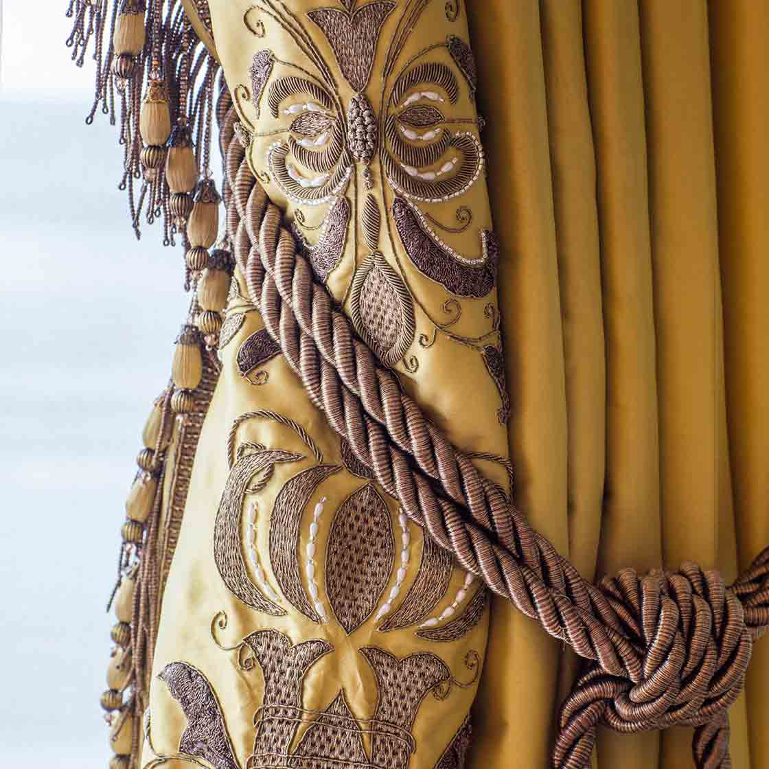 Zola - Embroidered Curtain - Beaumont & Fletcher - Beaumont & Fletcher
