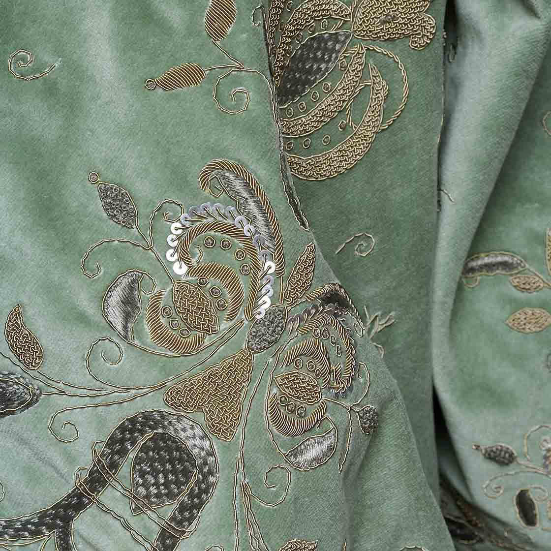Zola - On Capri Silk Velvet Pistachio - Beaumont & Fletcher - Beaumont & Fletcher