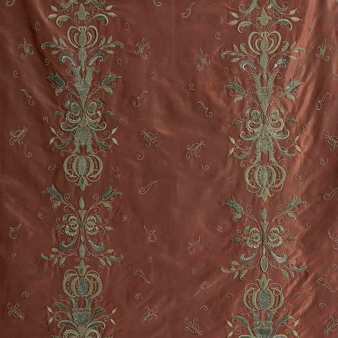 Zola - On Empire Tafetta Burgundy - Beaumont & Fletcher - Beaumont & Fletcher